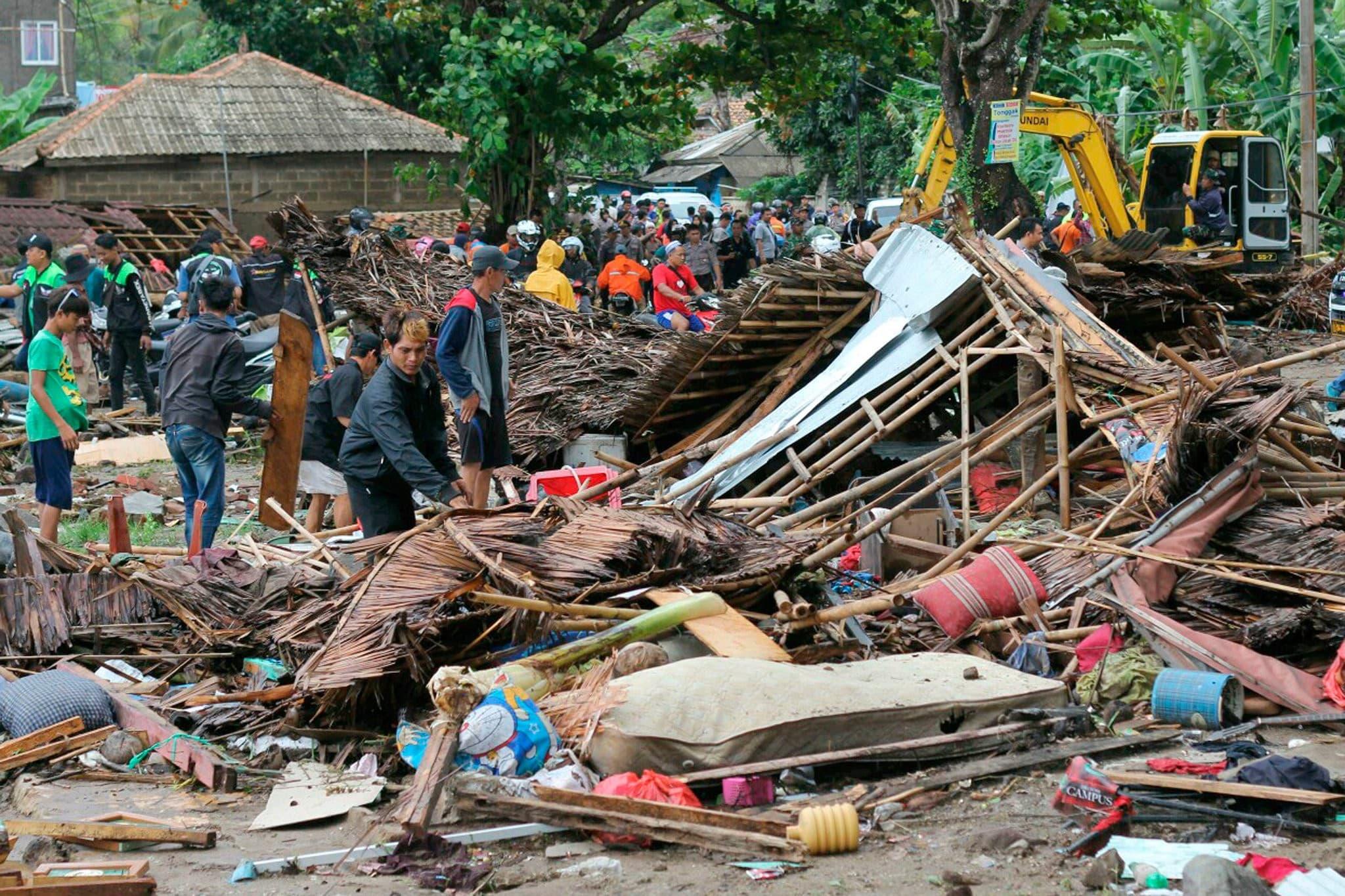 tsunami en anak krakatoa
